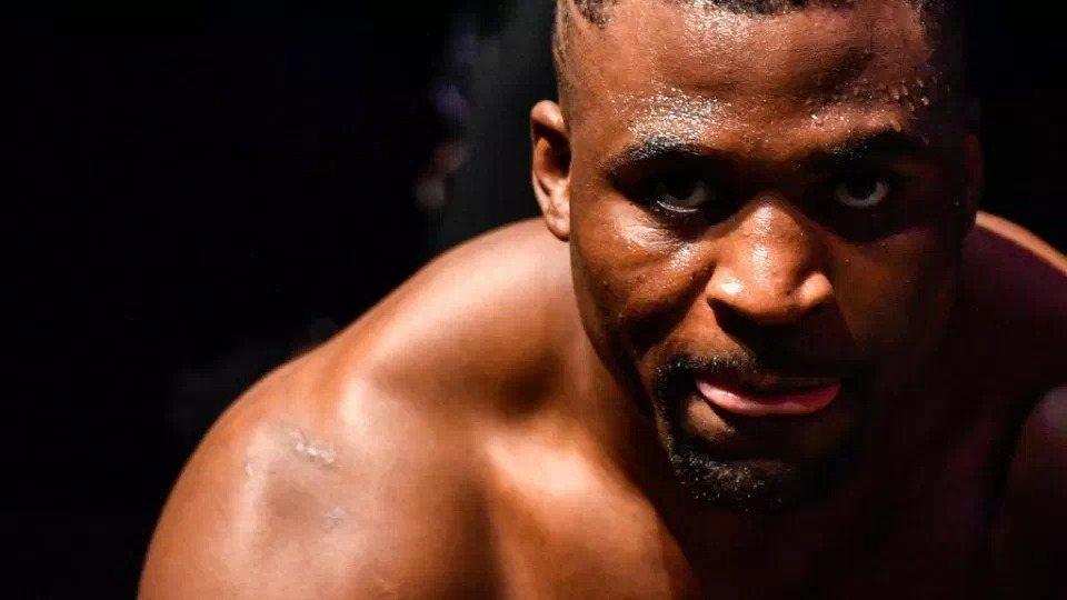 Francis Ngannou, de SDF a champion du monde de l'UFC (MMA)